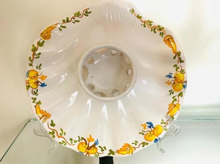 Mancerina en forma de petxina. Col·lecció particular / Museus de Sitges